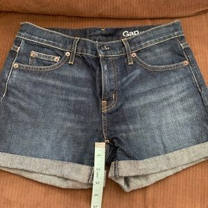gap mid Rise 1969 shorts